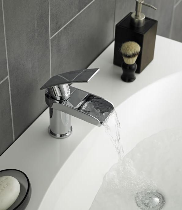 Come sigillare una vasca da bagno hudson reed - Come installare una vasca da bagno ...